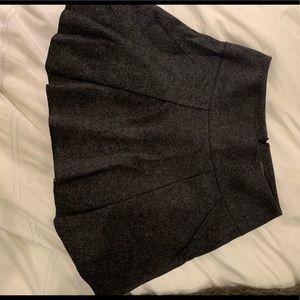 Vince grey wool skirt size 2